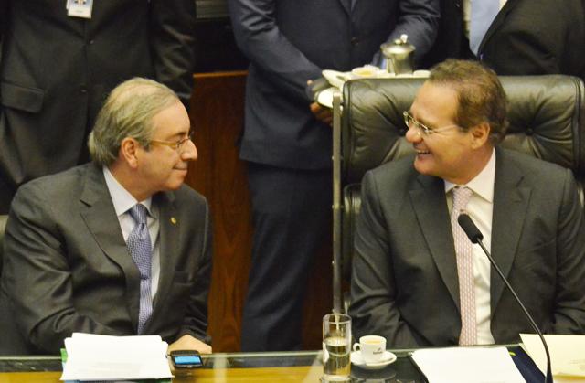 Renan e Eduardo Cunha cercam Dilma e ficam com as rédeas do poder