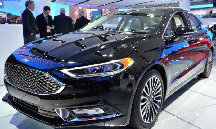 Ford Fusion 2017 Preco