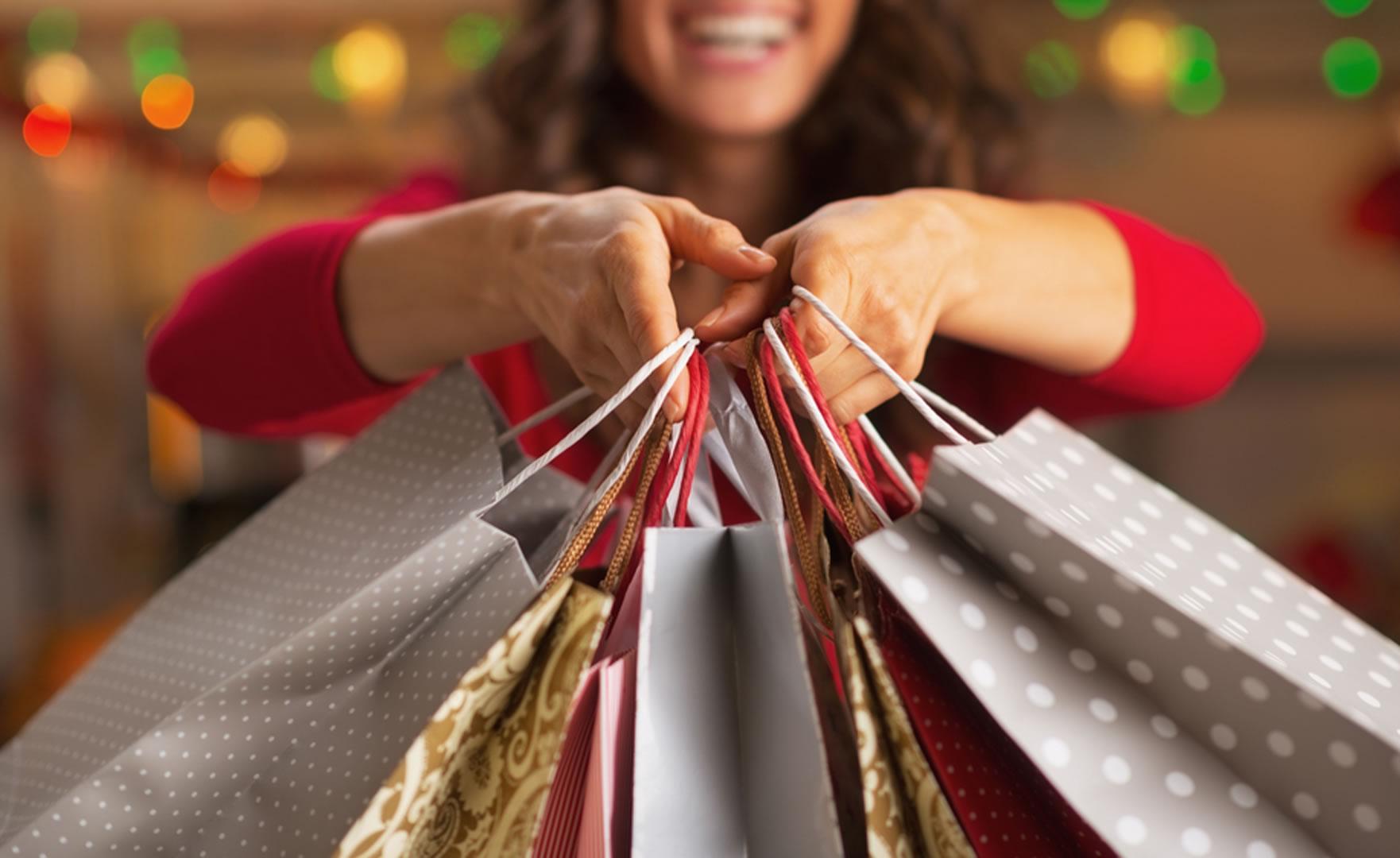 Resultado de imagem para sacolas de compras shopping