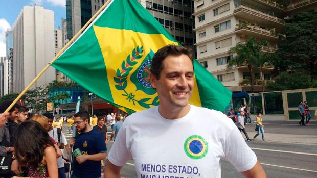 Resultado de imagem para Luiz Philippe de Orleans e Bragança bolsonaro